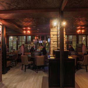 Resort Pub staliukų rezervacija